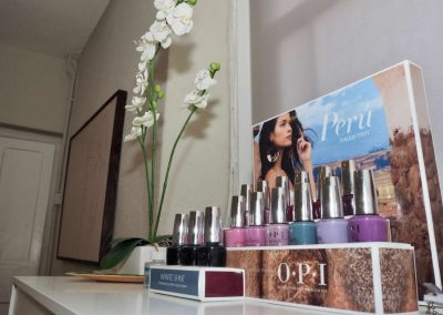 Treatment-room-OPI-products